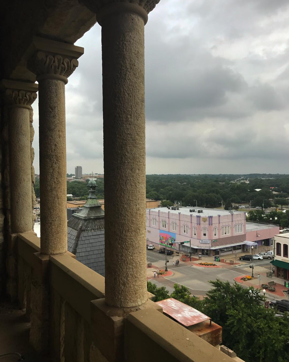 @mohunt on the top of the Denton County Courthouse looking out over the Opera House.