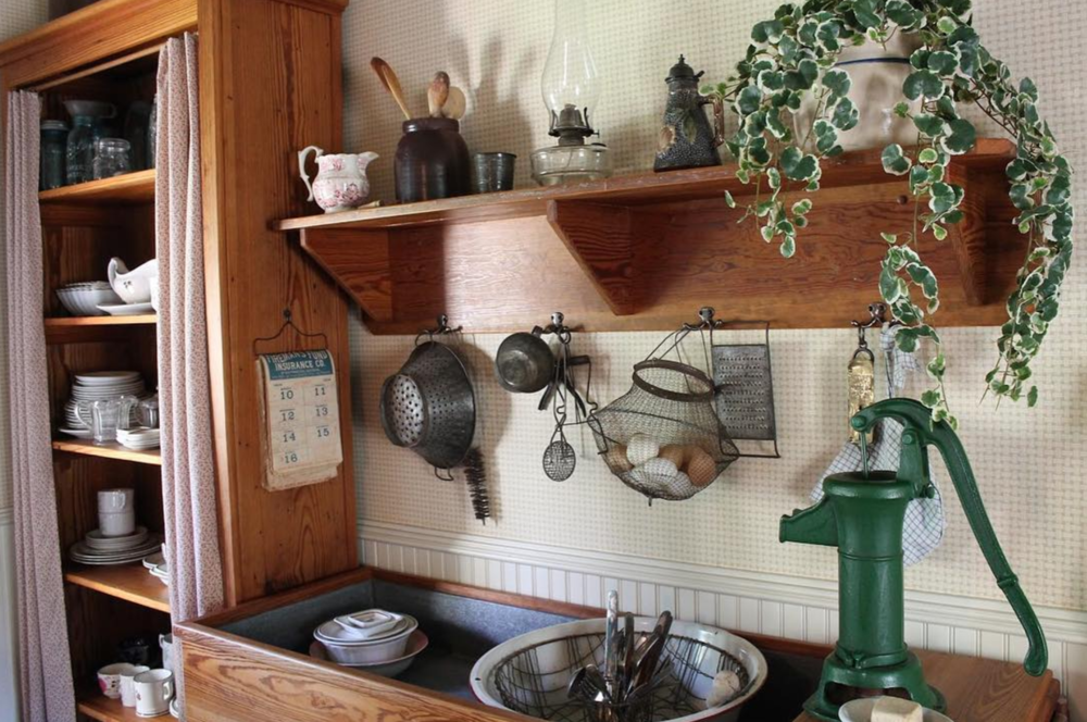 A view of the kitchen of the Bayless-Selby House from @chosmuseum.