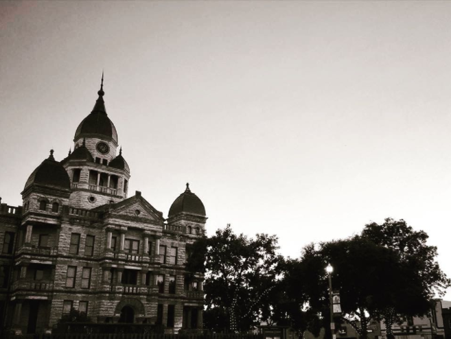 We'll end this week with a rather spooky photo of the courthouse courtesy of @dentonaut.