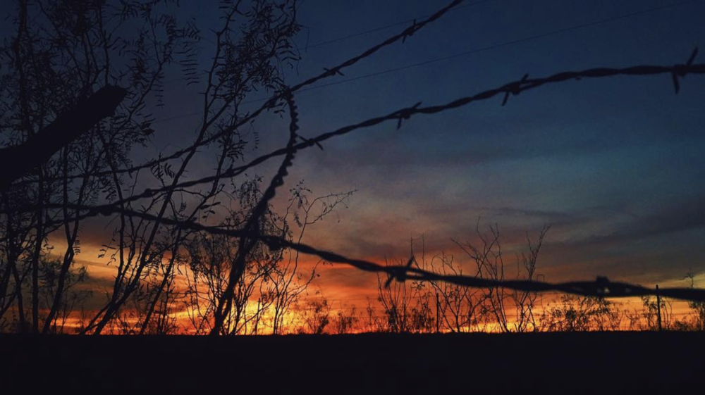 We'll go out this week with a sunset photo featuring some barbed wire from light-chaser,@bobhedlund. Have a great week, everyone!