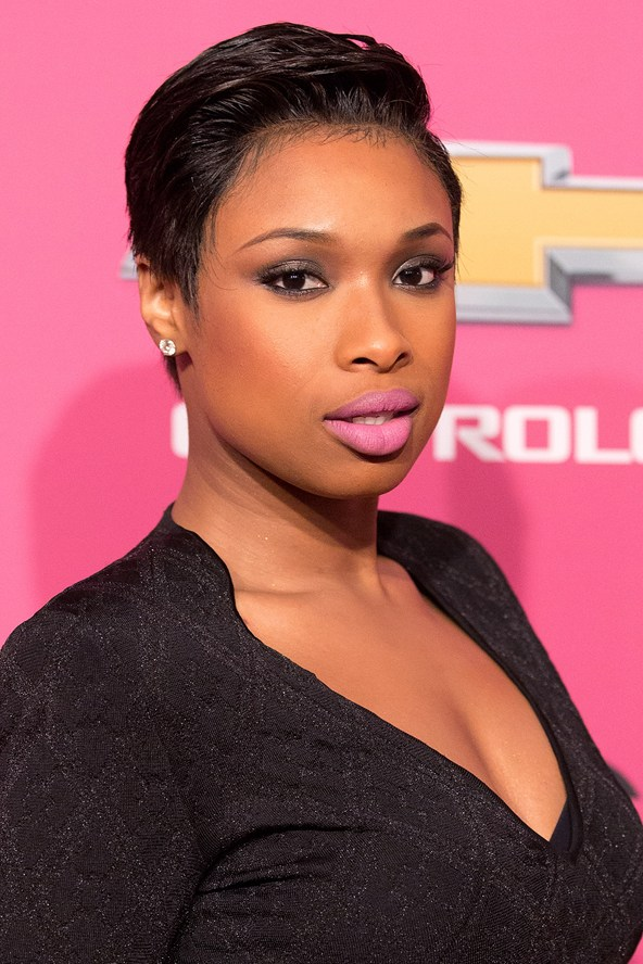 jennifer-hudson_glamour_28october13_rex_b_592x888.jpg