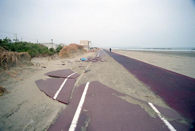 jduffany_tsunami.jpg