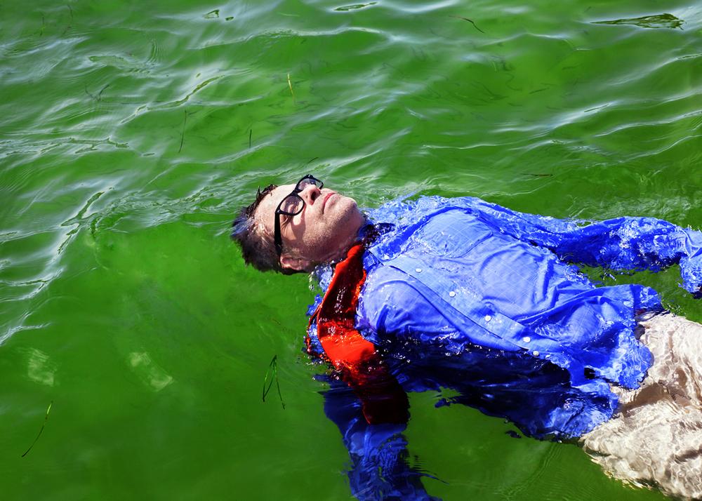 Yamrus.Frank.floatNY_web.jpg