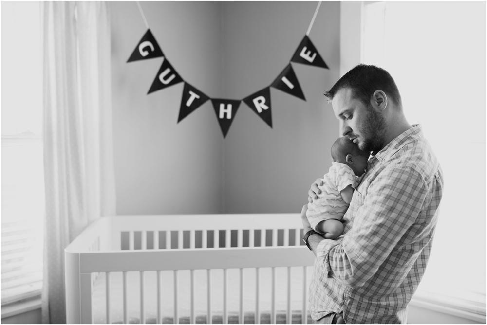 dad-and-newborn-son-lifestyle-photo-okc