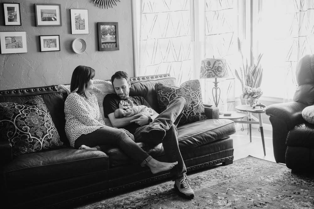 Moore_Family_Photographer_Lifestyle_In_Home_Newborn.JPG