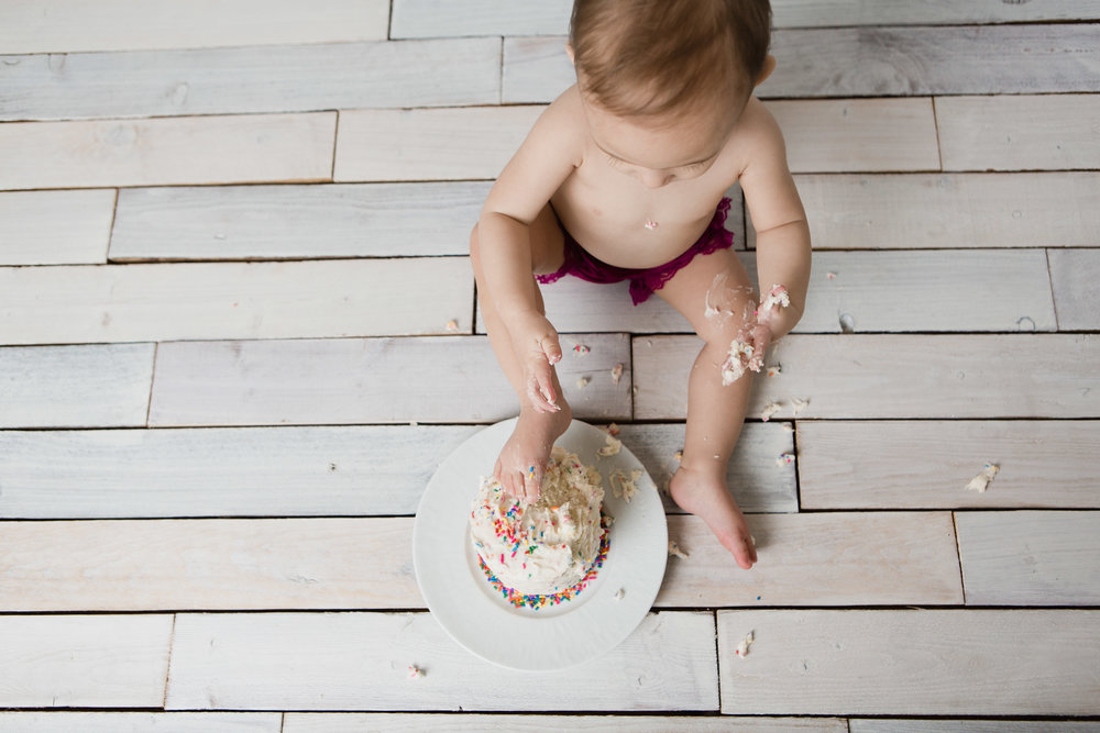 first_birthday_cake_smash_photography_lifestyle_studio.JPG