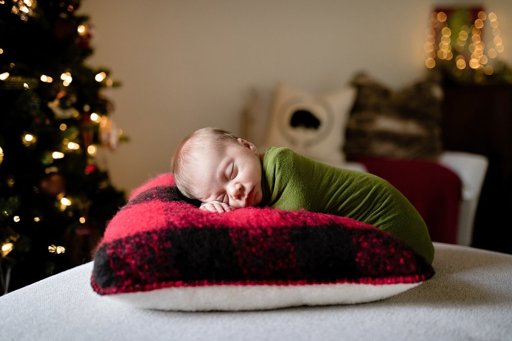 winter-baby-newborn-photography-oklahoma-city.jpg