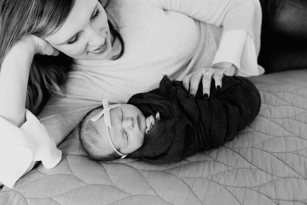 newborn-photographer-okc-lifestyle-home-mom-baby-girl-black-white.jpg