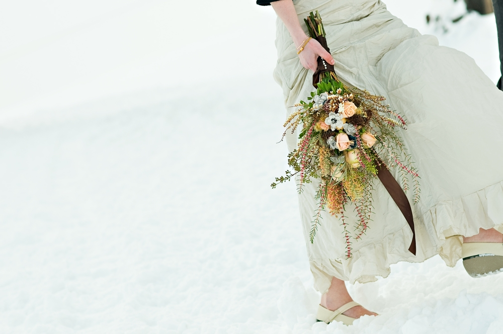 inventive-bridal-bouquet-winter-wedding-rustic-chic-coral-grey.original.jpg