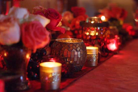 Beautiful-gold-candles-and-flowers-03.jpg