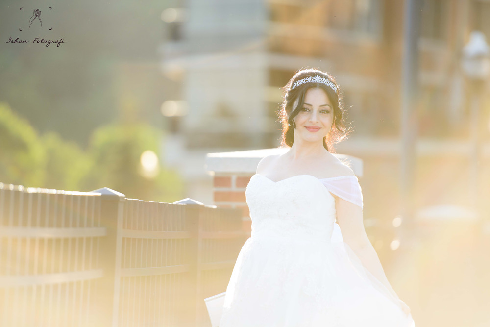 One of our favorite shots of the gorgeous bride!
