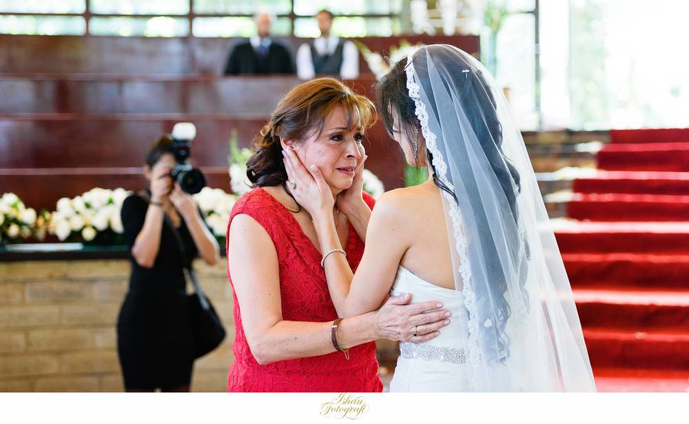 Bride and her mother.