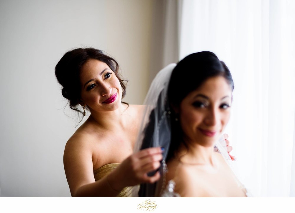 bride-getting-ready-meadow-wood-manor-randolph-nj