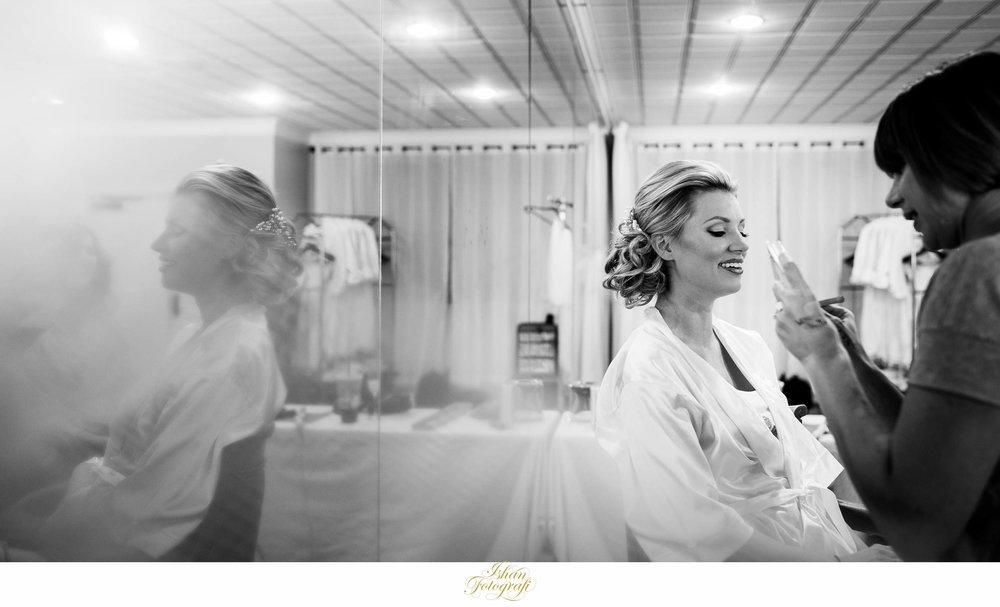 bride-getting-ready-marco-beach-ocean-resort-wedding