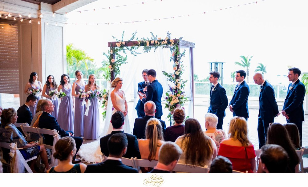 outdoors-wedding-ceremony-marco-ocean-resort