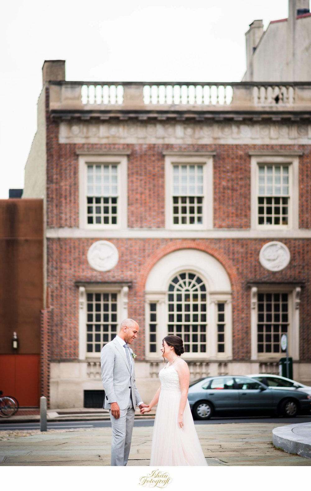 unique-wedding-photos-location-philadelphia