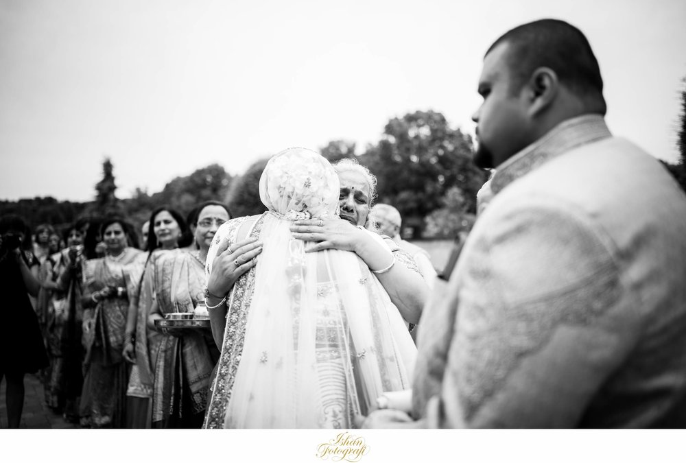 documentary-wedding-photographers-CT