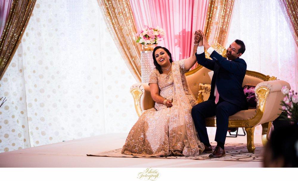bride-and-groom-aqua-turf-club-CT