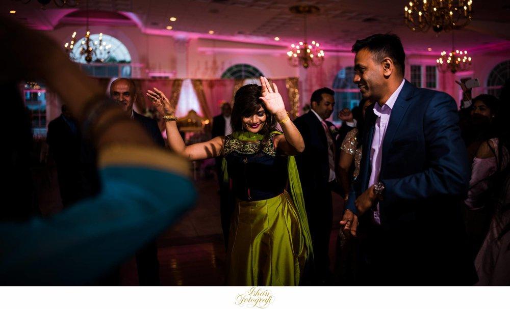 wedding-reception-photos-aqua-turf-club