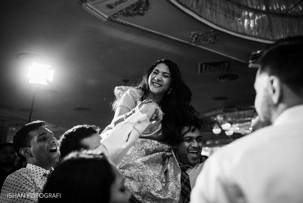 wedding-reception-photos-at-leonard's-palazzo-great-neck-ny