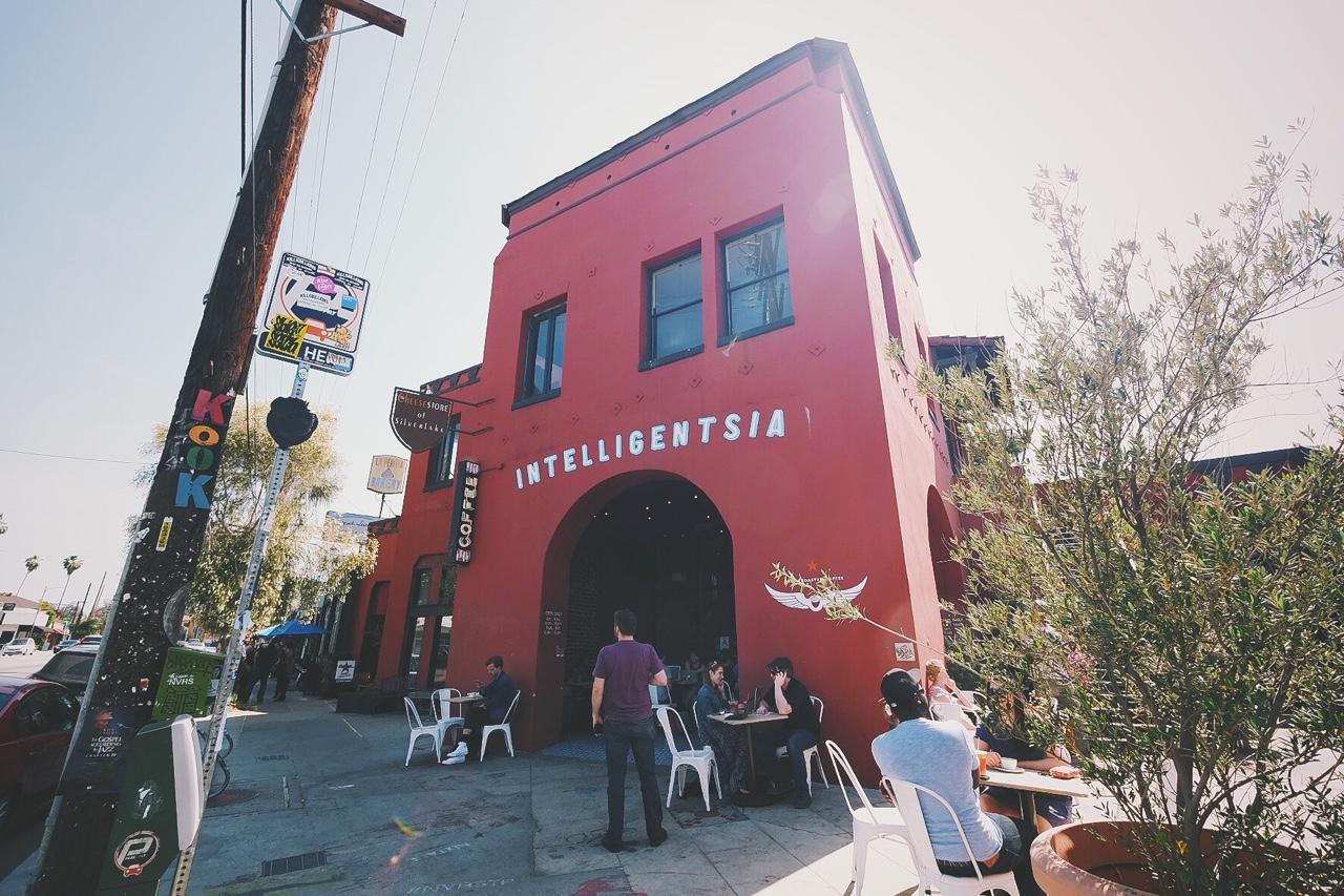 its177aricel: Intelligentsia | Sunset Junction | Silverlake, Los Angeles, CA. 📷: www.instagram.com/msison