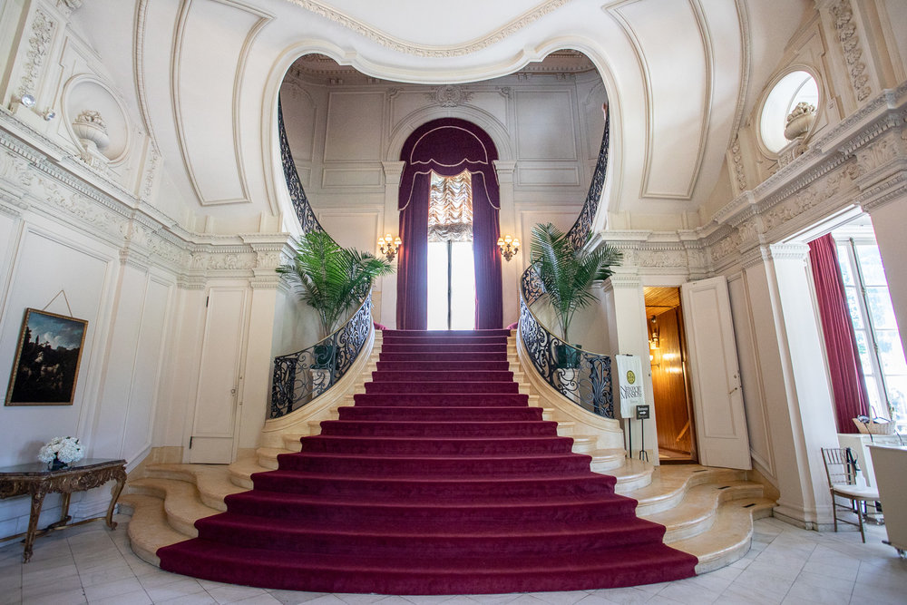 The grand staircase in Rosecliff. Note how the architectural design of the top of the staircase resembles a heart.