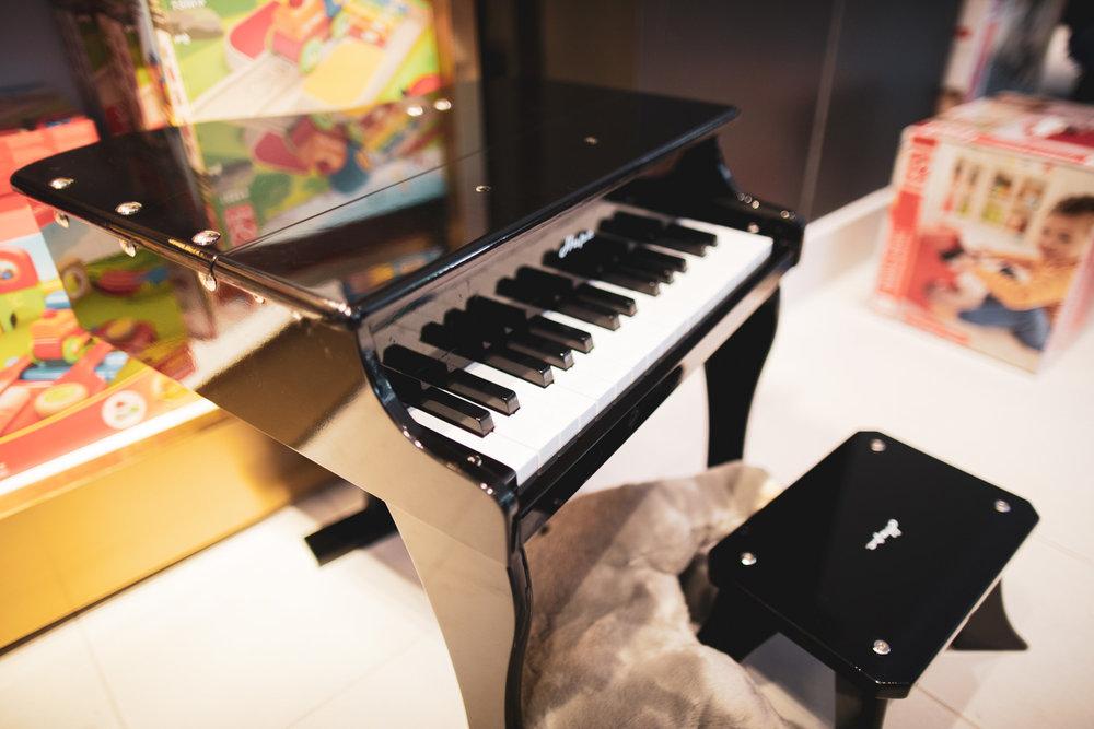 A small piano…