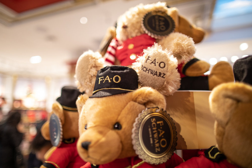 The famous FAO Schwarz teddy bear.