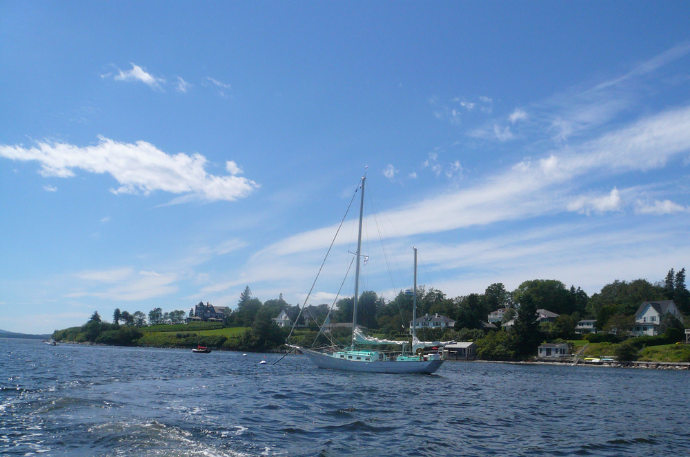 CYGNET moored and we're headed to the lobster party!