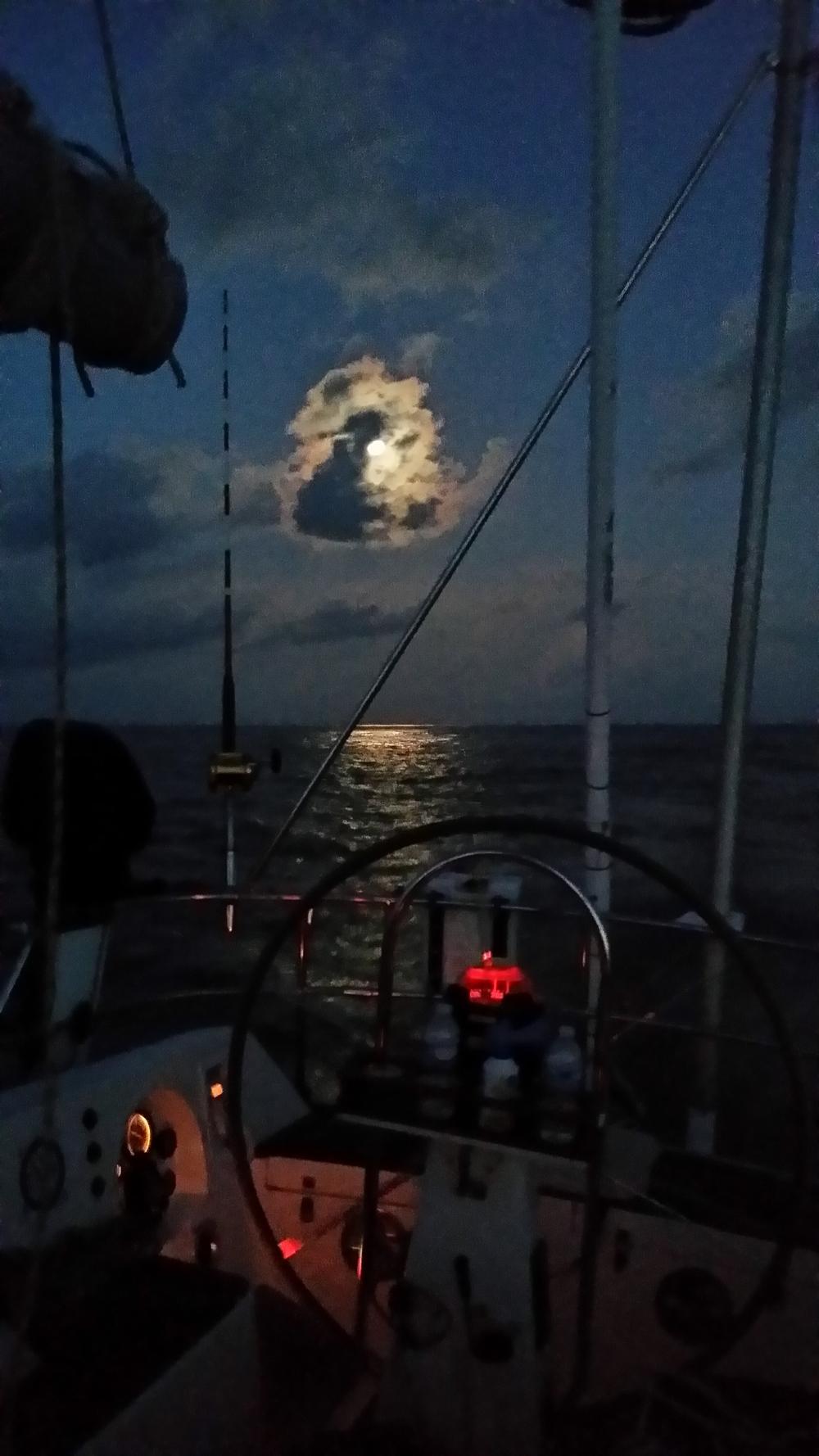 10/19 - moon setting