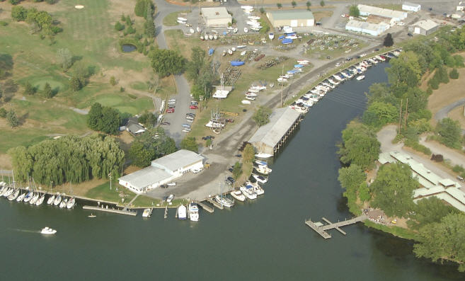 The Johnson Boat Yard on Cascadilla Creek off of Cayuga Inlet and Cayuga Lake.  (pix from marinas.com)