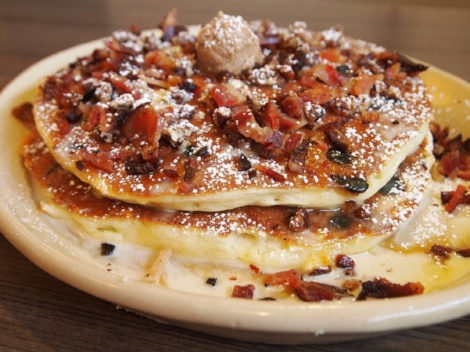 PC: Snooze an A.M. Eatery (Pictured: Snooze Daily Special Pancake)