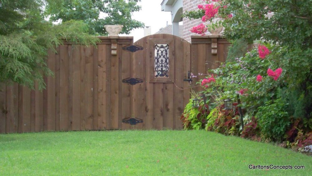 Fence_Gate_Construction_006.JPG