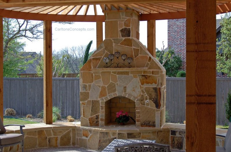Outdoor_Fireplace_Construction_005.jpg