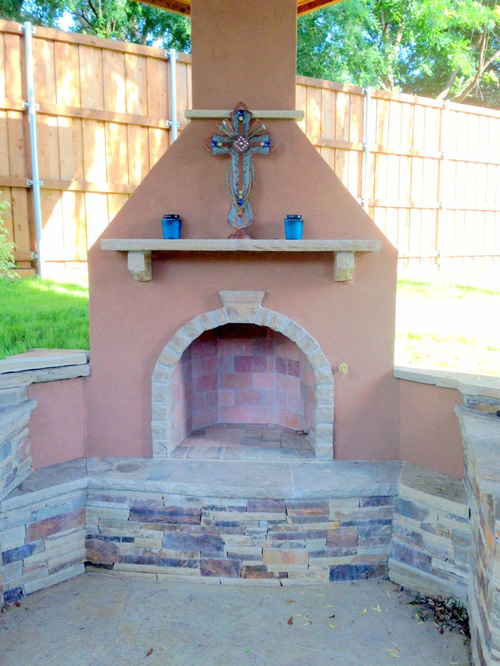 Custom Stonework Stucco Fireplace Texas.JPG