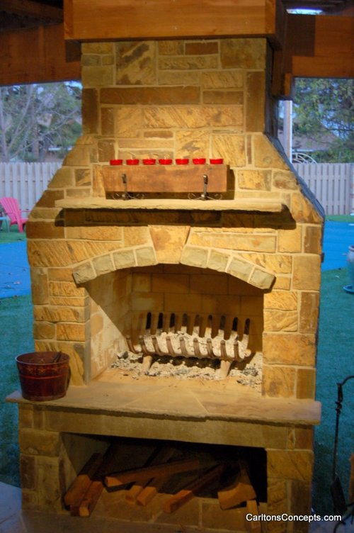Outdoor_Fireplace_Construction_017.jpg