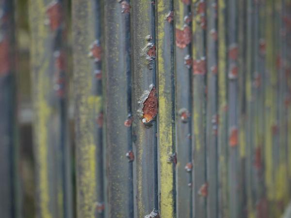 rustyrails1.jpg