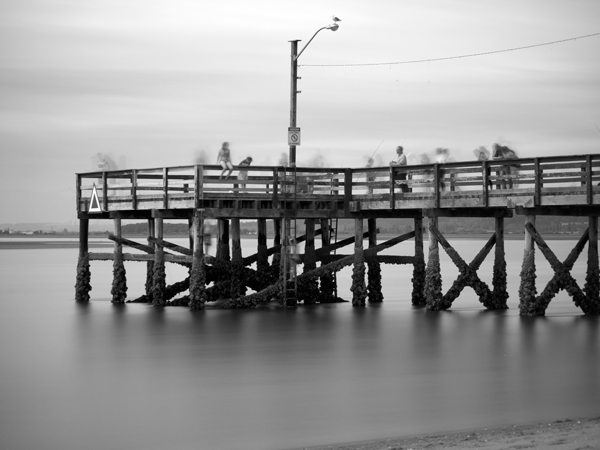 crecent_beach_pier_bw_ps.jpg
