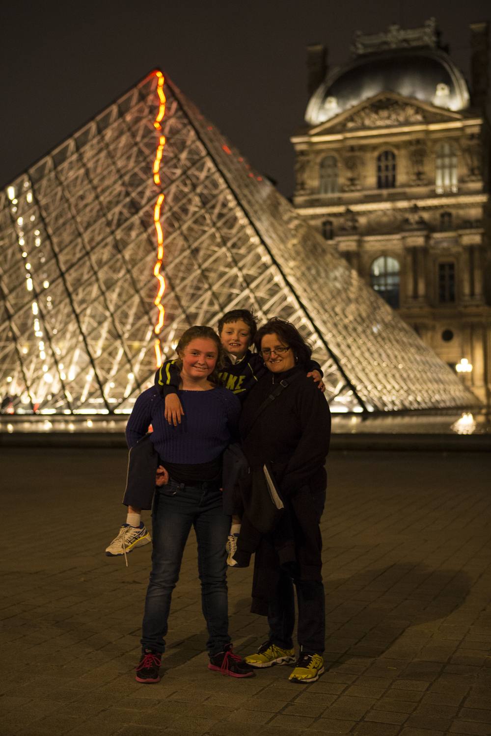 Louvre at night-11.jpg
