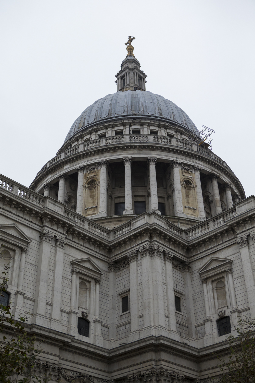 London Walk and Natural History Museum-8.jpg