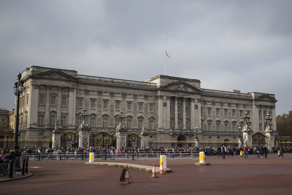 Buckingham Palace and Westimster Abbey-1.jpg