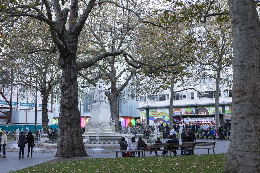 Piccidilly Circus and Trafalgar Square-6.jpg