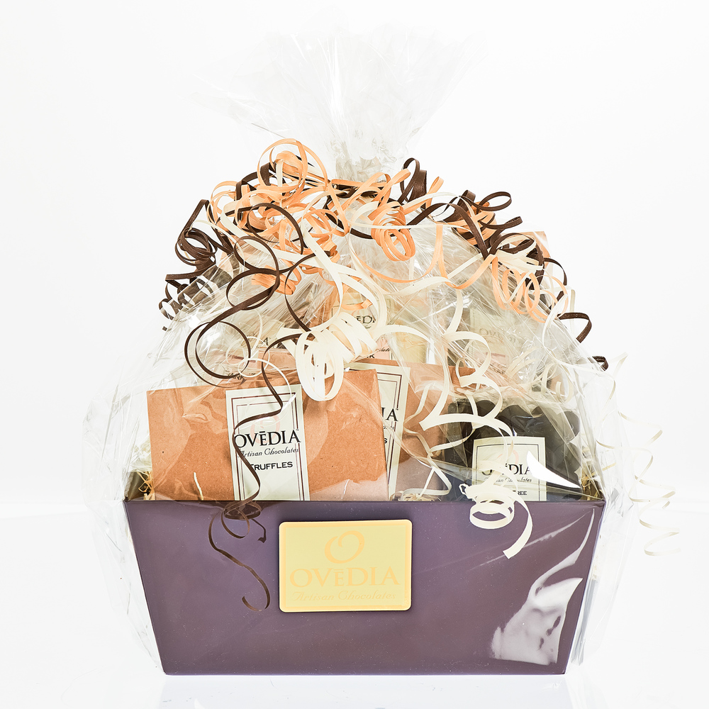 Favours_Lg_Gift_Box_725_web.jpg