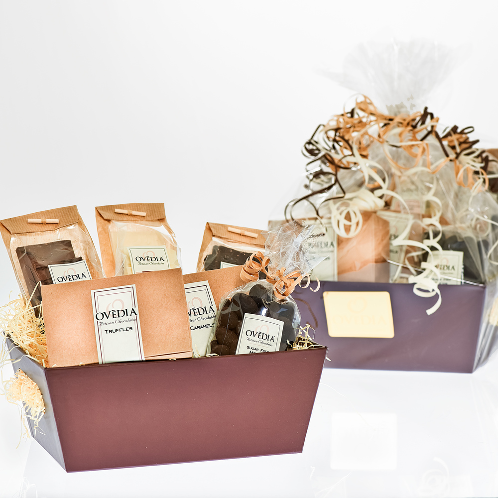 Favours_Lg_Gift_Box_724_web.jpg