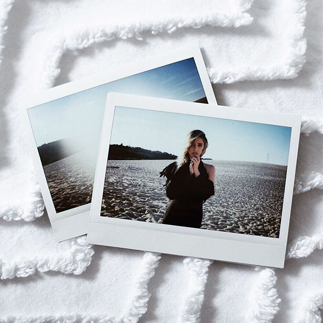 S N E A K  P E E K . . . Coming soon to @mithmagazine 🌙 Model/ @jodixlee  Styling/ @worldofcv  HMUA/ @emma_allmadeup  #teeganpackphotography
