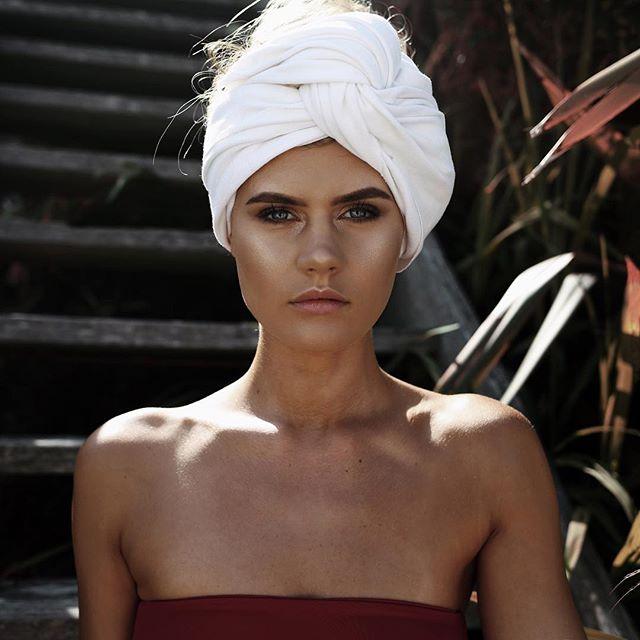 J O R D A N 🌺 Model / @jordansimek  Label / @oceangem_swim  MUA / @tashmasterss  #teeganpackphotography