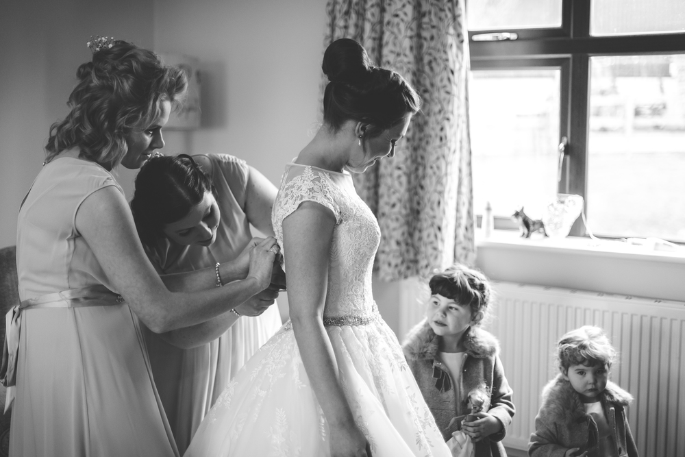 Wedding-Photography-Photographer-Derbyshire-Nottinghamshire-Newark-Floral-Media-6.jpg