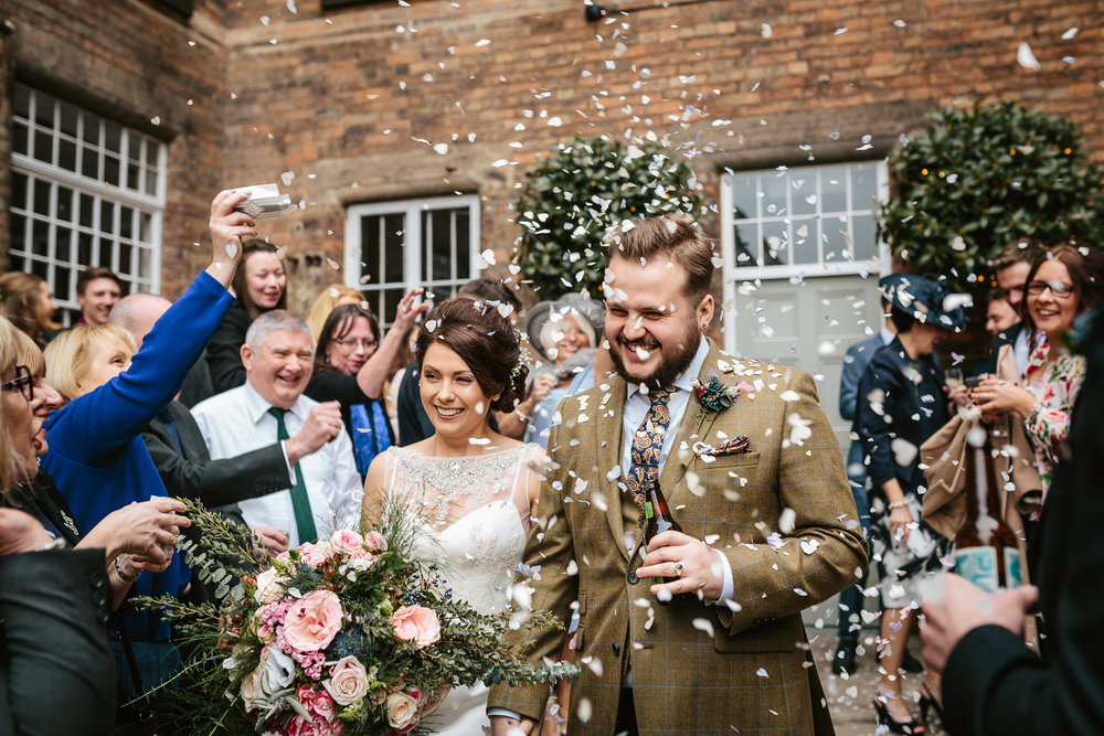 confetti-natural-relaxed-fun-documentary-wedding-photography-photographer-Derby-Nottingham-Derbyshire-Nottinghamshire-Leicestershire-Lincolnshire-East-Midlands-2.jpg