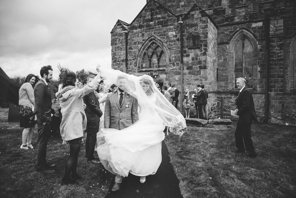 candid-2016-natural-relaxed-fun-documentary-wedding-photography-photographer-Derby-Nottingham-Derbyshire-Nottinghamshire-Leicestershire-Lincolnshire-East-Midlands-7.jpg