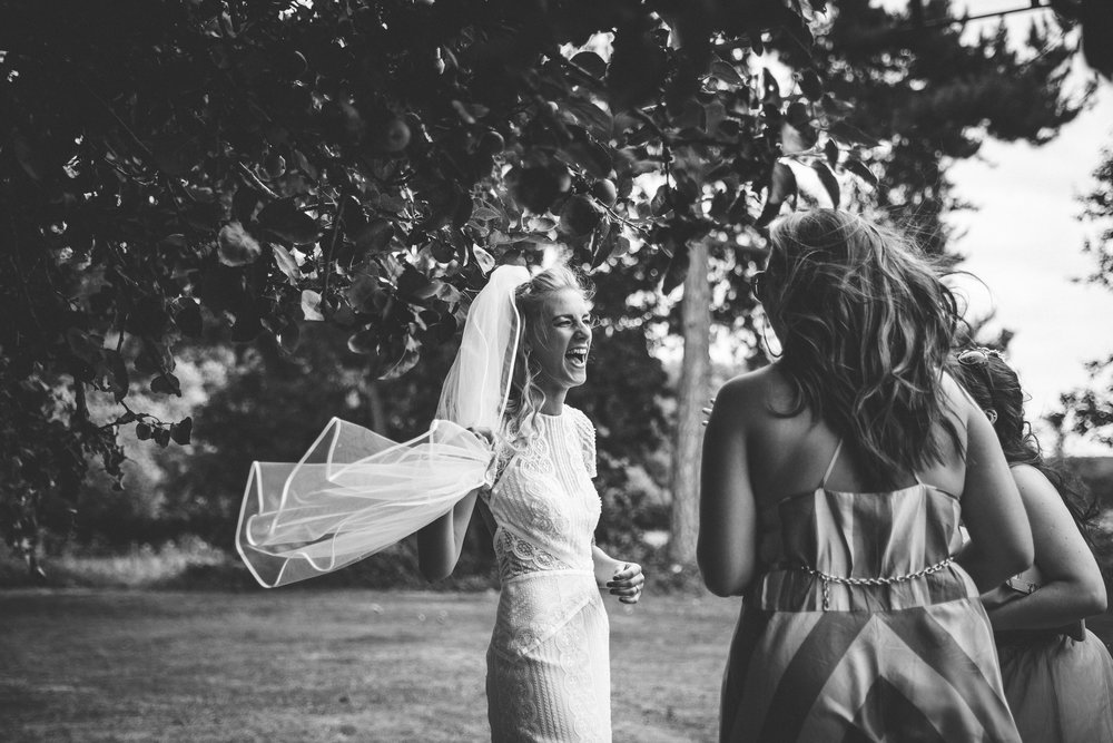 sam-beth-relaxed-natural-alternative-fun-festival-boho-wedding-photography-nottingham-vicarge-elkesley_0044.jpg